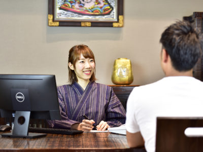 時給1000円以上も可!フロント・レストラン   パート・アルバイト募集!!